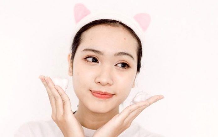 sua-rua-mat-trang-da-3w-clinic-collagen